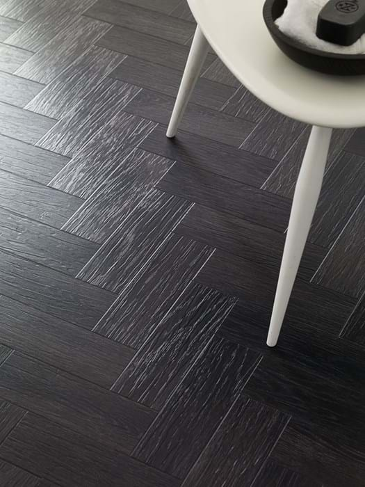Amtico International: Coal Grained Oak - FS7W9100