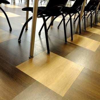Amtico Spacia LVT in Honey Oak (SS5W2504) with Walnut Chocolate